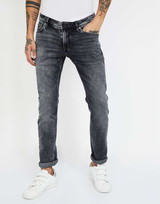 CELIO Stonewashed Slim Tapered Fit Jeans