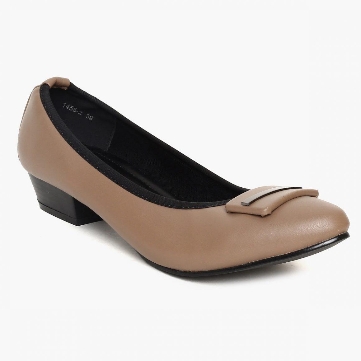 TRESMODE Metallic Detail Pointy Toed Kitten Heels