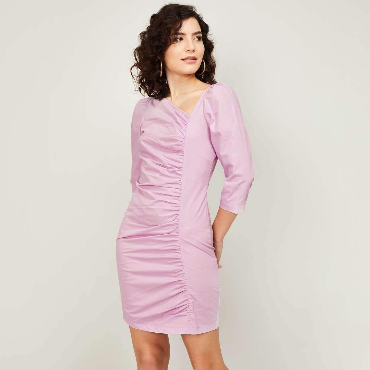 1.GINGER Women Solid Sheath Dress