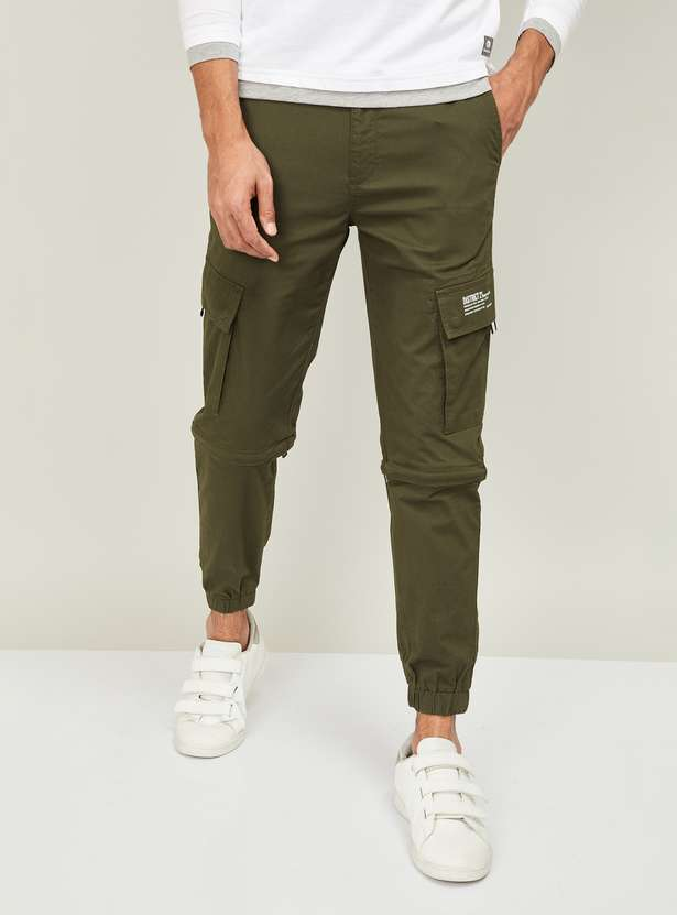 BOSSINI Men Solid Slim Tapered Cargo Joggers summer outfits for men