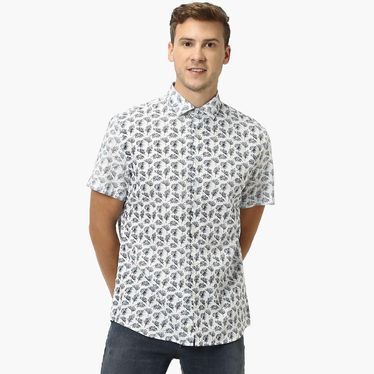2. CELIO Men Printed Short Sleeves Casual Shirt