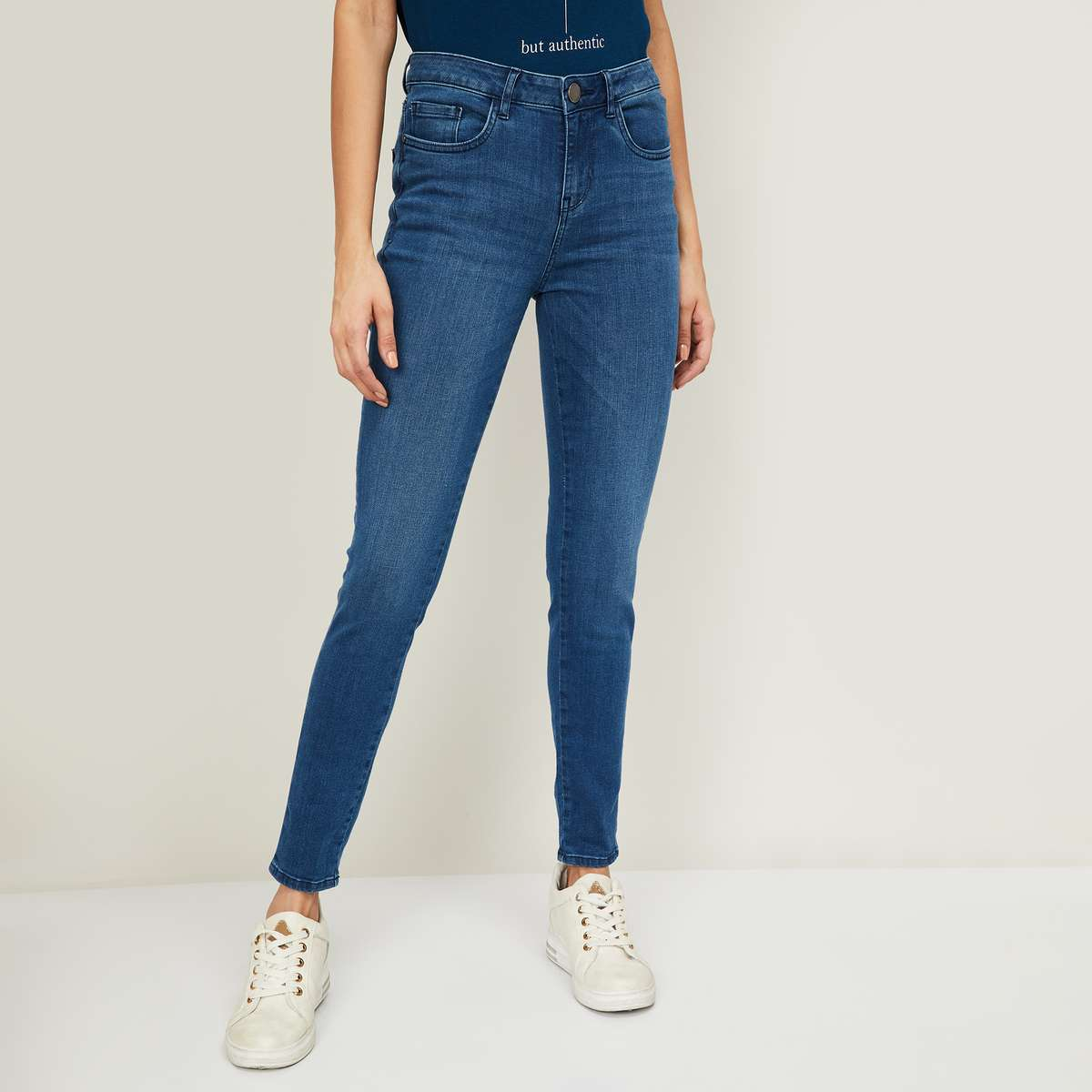 6.VAN HEUSEN Women Stonewashed Skinny Fit Jeans