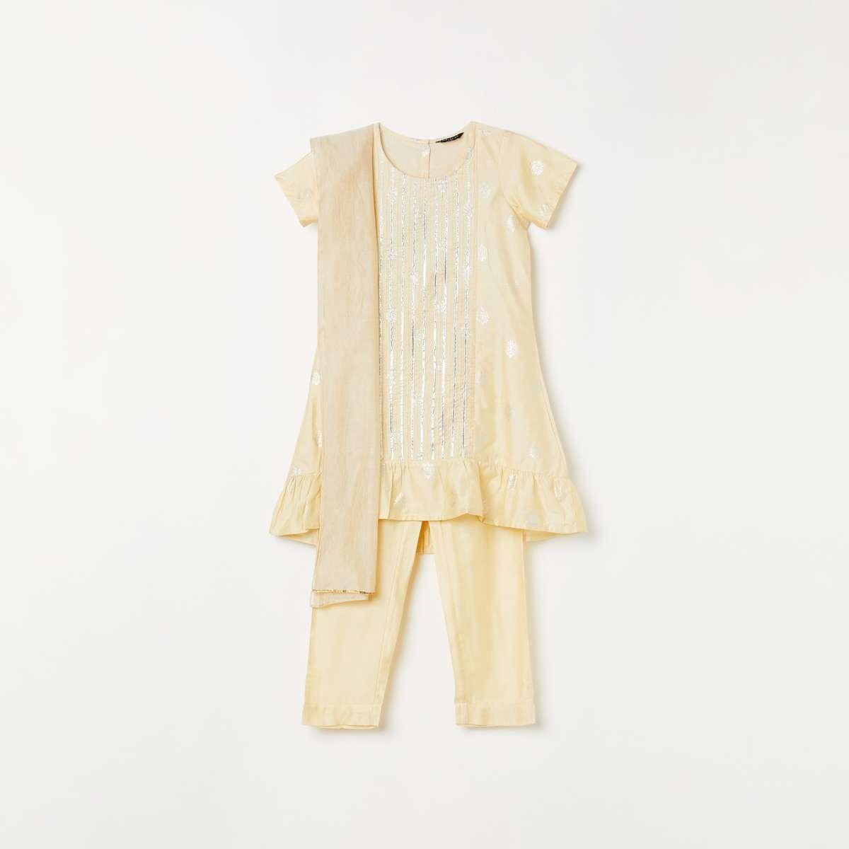 1.MELANGE Girls Foil Print A-line Kurta with Solid Pants and Dupatta