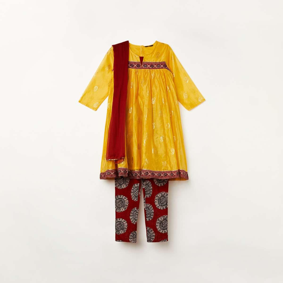1.MELANGE Girls Printed Kurta with Printed Leggings and Dupatta
