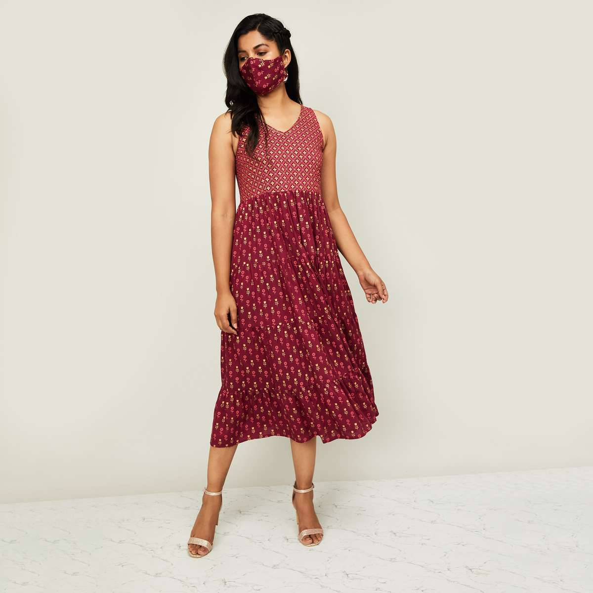 3.COLOUR ME Women Printed Sleeveless Dress with a Mask