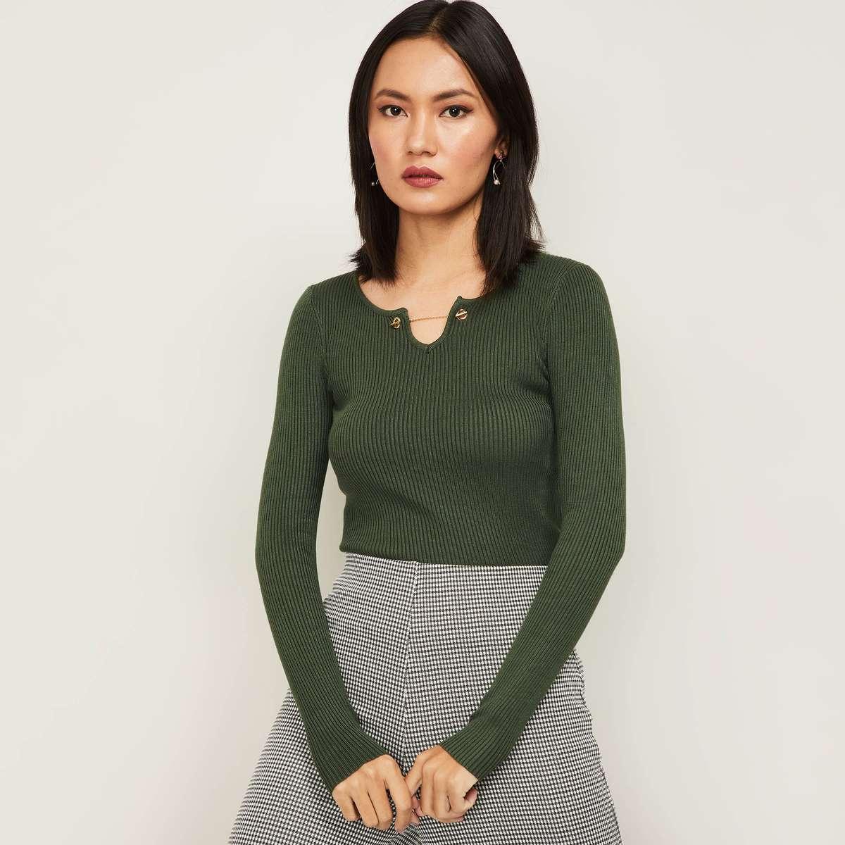 2.CODE Women Knitted Top