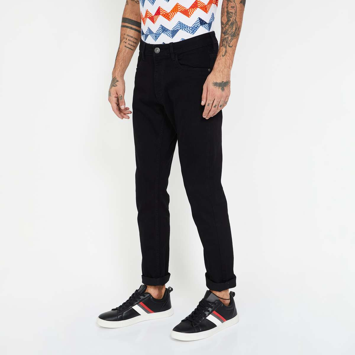 3.FORCA Solid Slim Tapered Fit Jeans