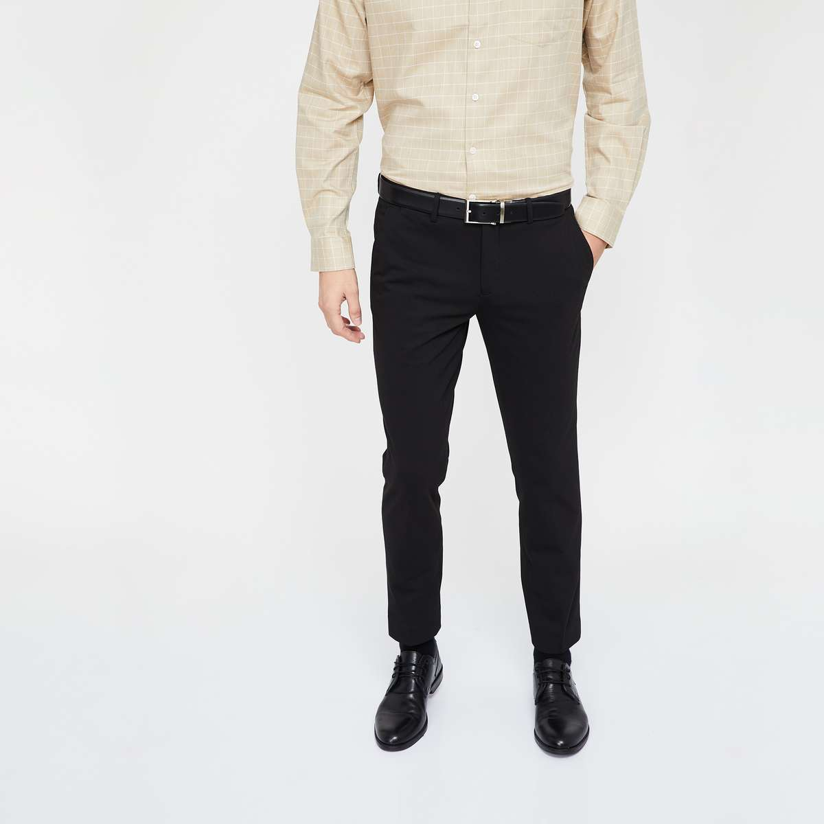 1.CODE Solid Low Rise Slim Fit Trousers